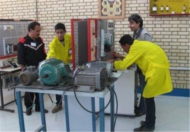 ارائه 3 میلیون نفر-ساعت آموزش در مراکز فنی وحرفه ای کرمانشاه