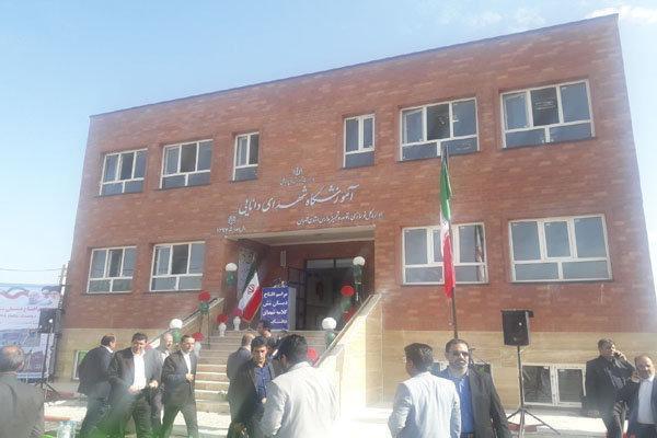 مدرسه روستایی عشایری 6 کلاسه شهدای دانایی در ورامین افتتاح شد