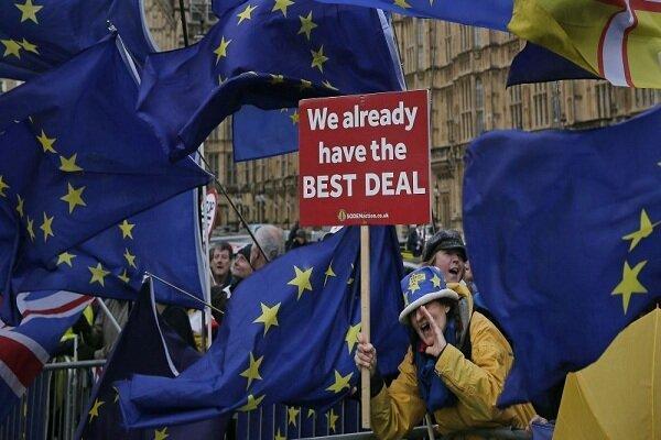 200 هزار شهروند انگلیسی علیه بوریس جانسون طومار امضا کردند