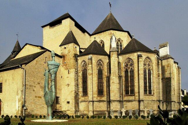 آثار تاریخی یک کلیسا دزدیده شد