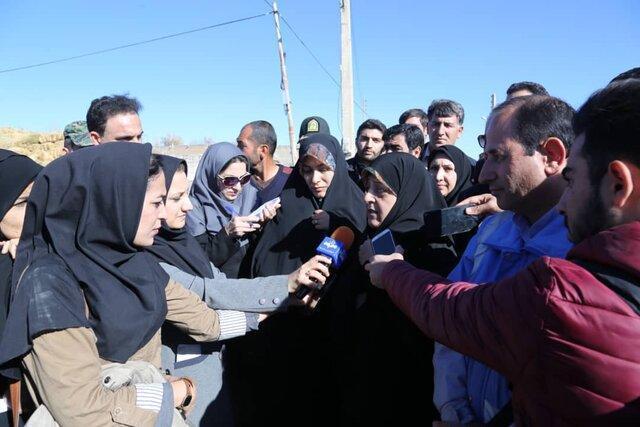 معاون رییس جمهوری در امور زنان از مناطق زلزله زده سراب بازدید کرد