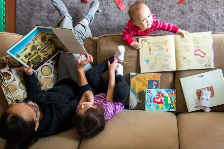 دوران قرنطینه می تواند همه را کتاب خوان کند؛ حتی بچه ها نابینا را