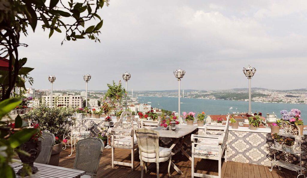 بهترین رستوران های محلی و بین المللی استانبول