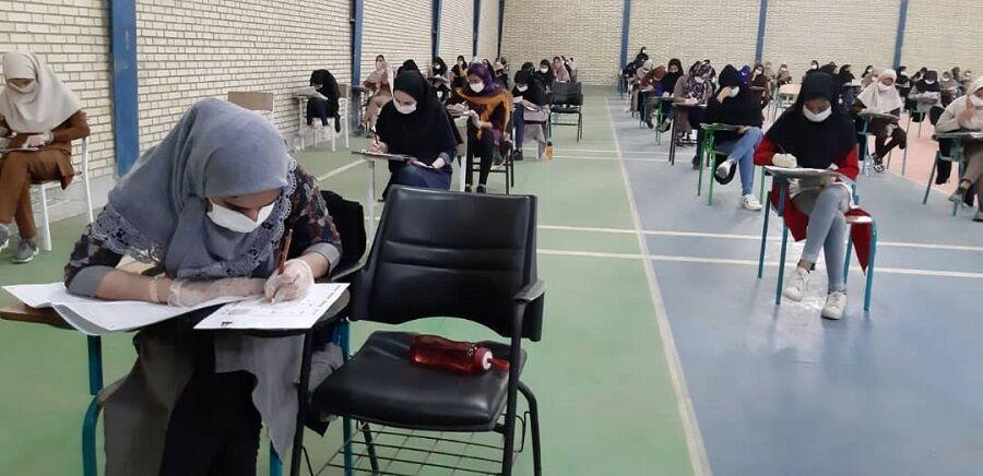 خبرنگاران 5950 دانش آموز برای ورود به مدارس نمونه دولتی هرمزگان باهم به رقابت پرداختند