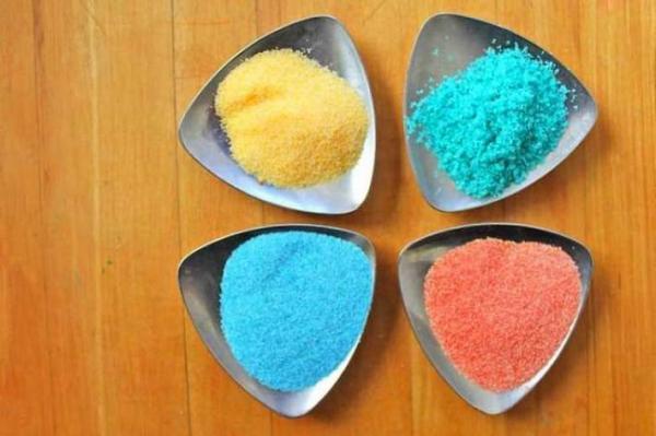 نمک های رنگی جذاب اما خطرناک