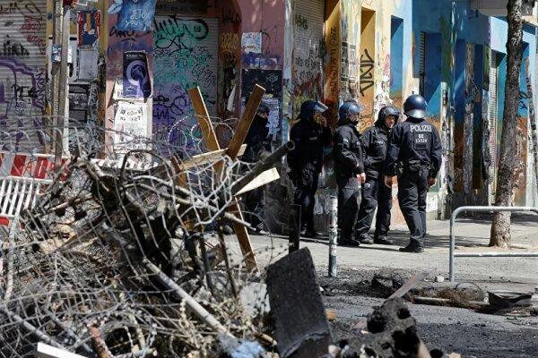 درگیری پلیس آلمان با راستگرایان افراطی، 60 مأمور پلیس زخمی شدند